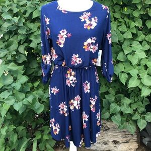 FRENCH GREY Navy Floral Dress
